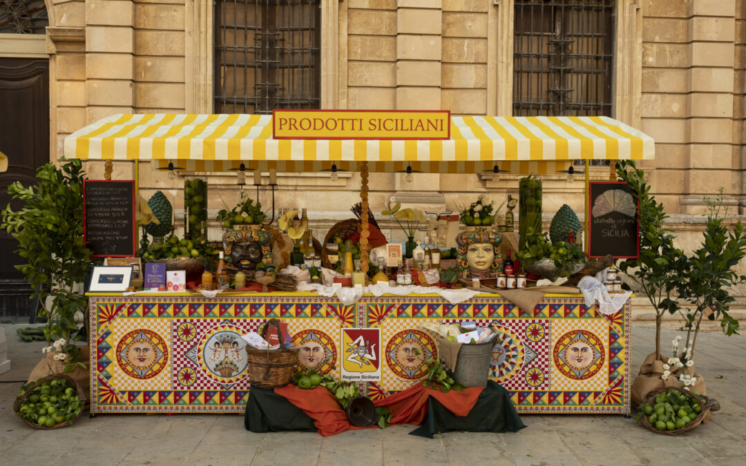 Il Distretto Produttivo Agrumi di Sicilia porta in piazza le eccellenze agrumicole siciliane all'interno del progetto itinerante della Regione Siciliana, con la direzione creativa di Dolce&Gabbana