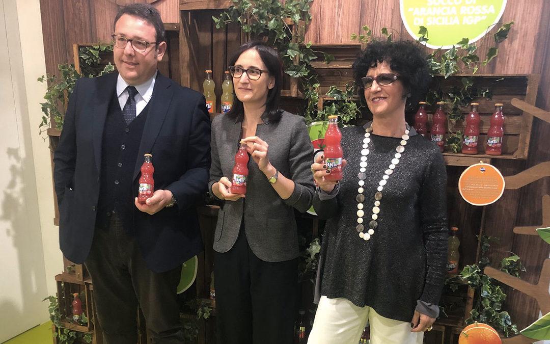 Presentata a Tuttofood la nuova Fanta con succo di Arancia Rossa di Sicilia IGP